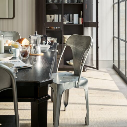 Henshaw – Black Dining Table